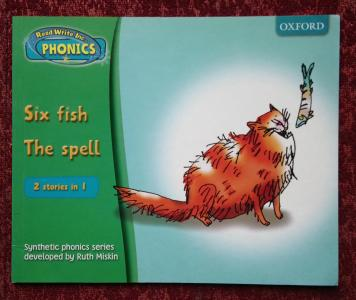 Read Write Inc. Phonics Set 1 Book 2: Six fish. The Spell